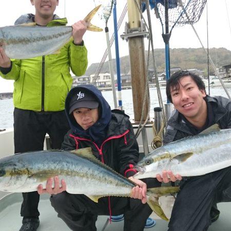 4月4日(日曜日)小潮 ジギング釣果 強風の為11時あがり